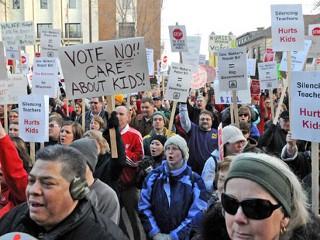 Wisconsin Teachers Protest Ed Budget, Union Cuts
