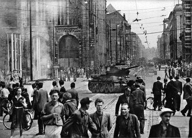 Soviet-tanks-on-streets-of-east-berlin