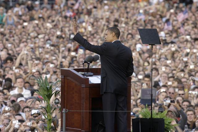 Barack_in_berlin